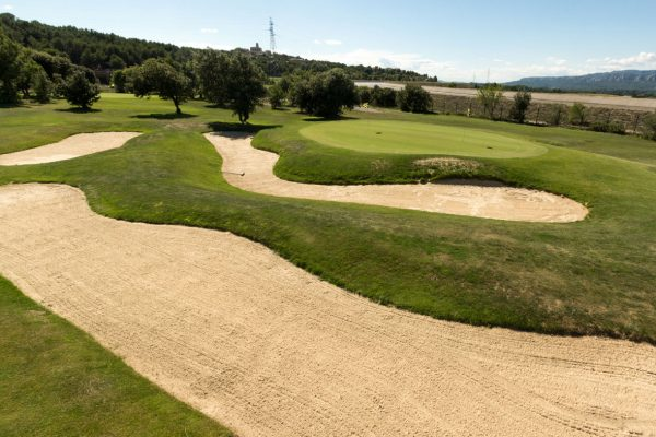golf-pont-royal-practice-approche
